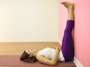 posture-yoga-detox-jambes-contre-mur