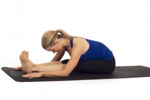 posture-pince-yoga-souplesse