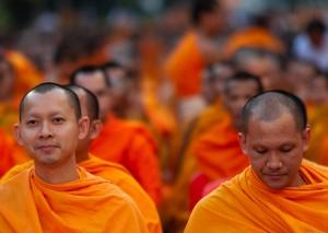 meditation-moines-bouddhistes