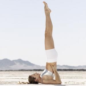 chandelle-yoga-chakras