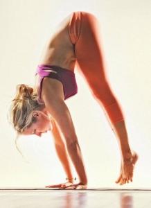 handstand-kathryn-budig