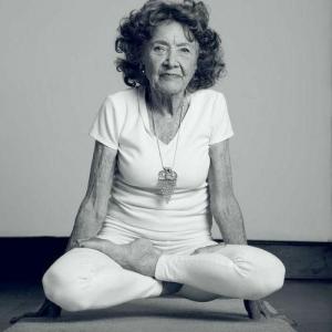 yoga-senior-tao-porchon-lynn