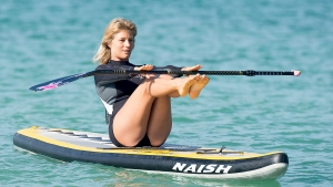 sarah-hebert-sup-yoga