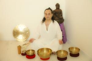 portrait-swann-gong-bath