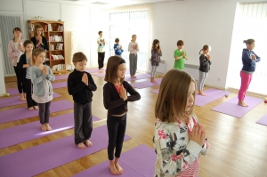bienfaits-yoga-enfants-aix-en-provence