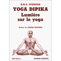lumiere-sur-le-yoga-iyengar