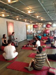 yoga-sous-hypnose-adrien-moulard