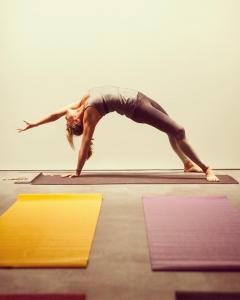 benedicte-garby-prof-de-yoga