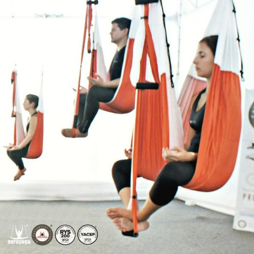 Le flying Yoga