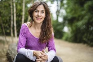ananda-ceballos-professeure-de-yoga-creatrice-de-yoome
