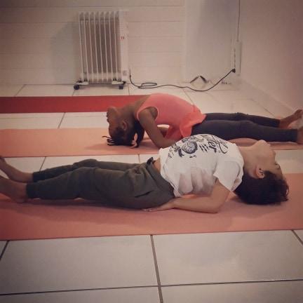 formation-yoga-enfants-ados-paris-yogapassion-claudia-martin