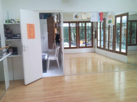 Salle-de-Yoga-Place-dItalie