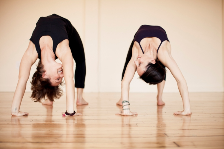 yoga-entre-amis-aimer-le-yoga