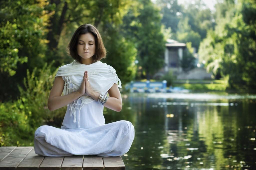 méditer-dans-la-nature