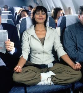 recentrage-meditation-avion-yoga