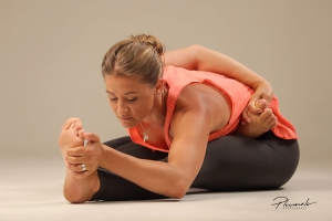 yoga-pince-demi-lotus-fan-de-yoga