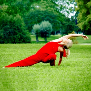 lizzie-posture-yoga