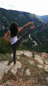 olivia-charpentier-posture-yoga
