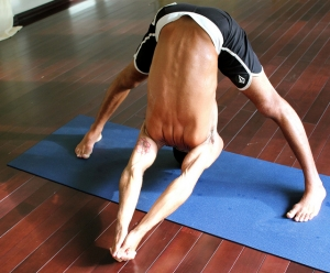 yoga-hommes-prasarita