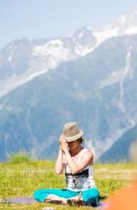 blanche-de-marion-chamonix-yoga-festival