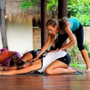 prof-de-yoga-don-de-soiu