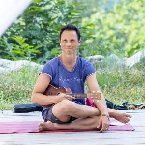 thai-yoga-massage-julien-levy