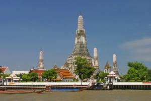 stupa-wat-arun-bangkok-wikipedia