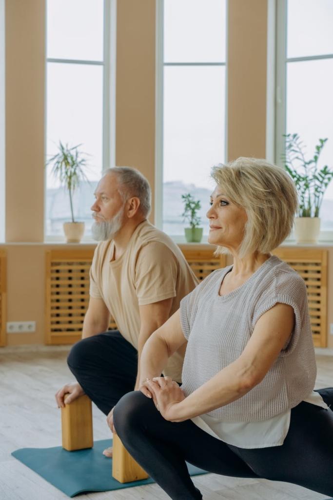yoga personne âgée